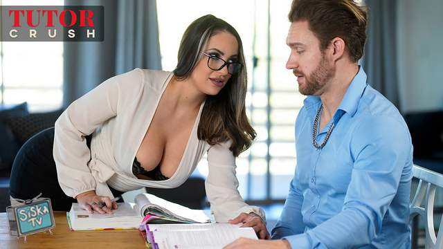 Sofi Ryan - Show And Tease
