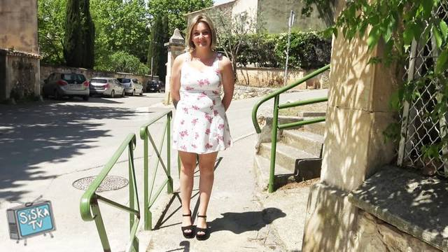Marie - Marie, 25, kitchen assistant in Lyon!
