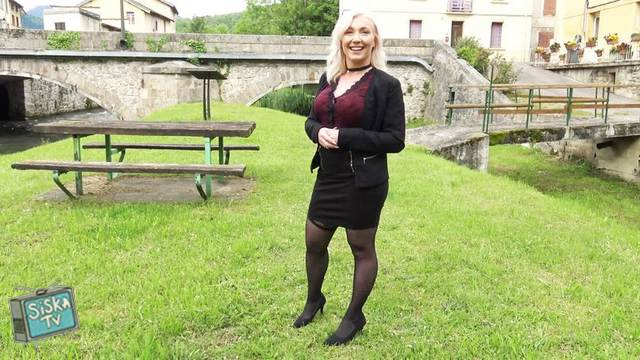 Louane - Louane, 30 years old, beautician in Belesta (11)!