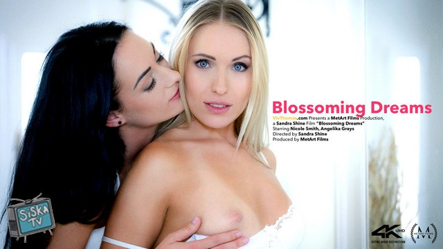 Angelika Grays, Nicole Smith - Blossoming Dreams