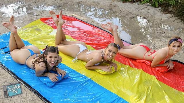 Payton Avery, Isabel Moon, Alicia Williams - Memorable Pool Party